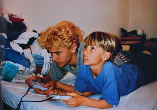 兄がゲームしてるのを見るのが好きだった奴www
